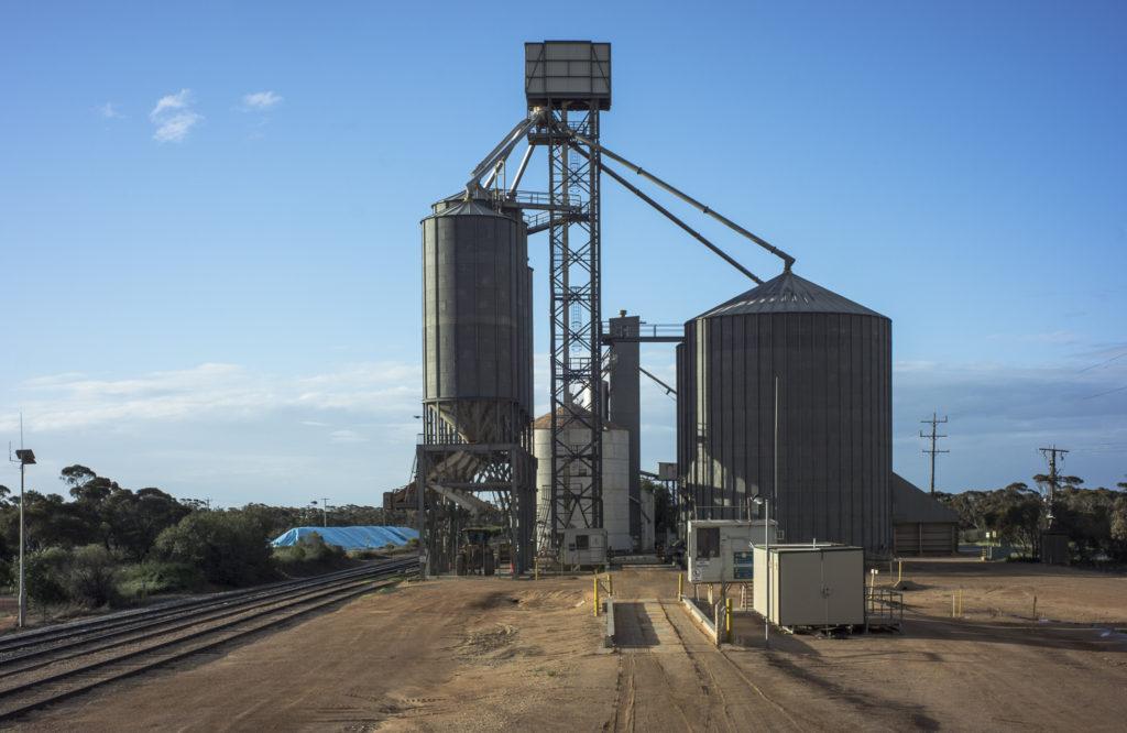 silos, Carwarp