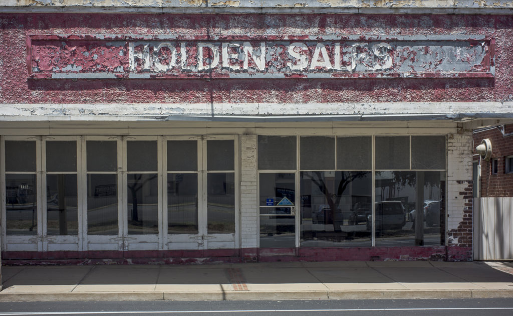 Holden Sales,Nhill